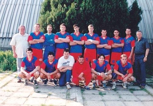 NB.II 98_99 veretlen csapat